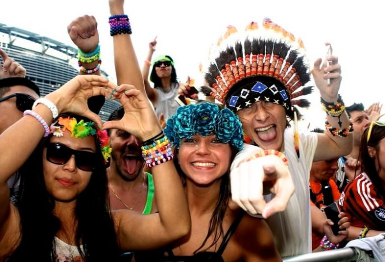 iHeartRaves Review – The world's largest rave store