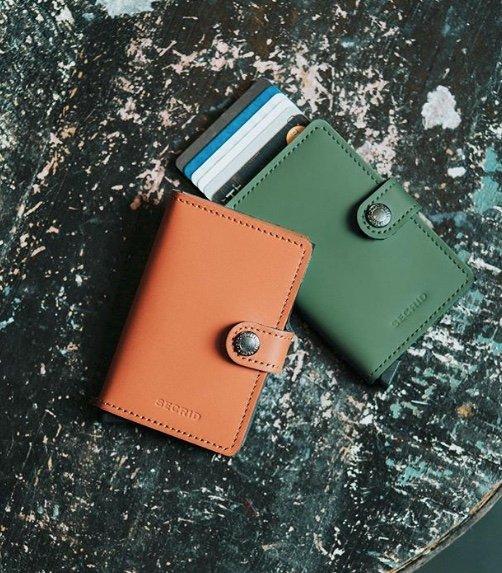 Slim Wallet Junkie review