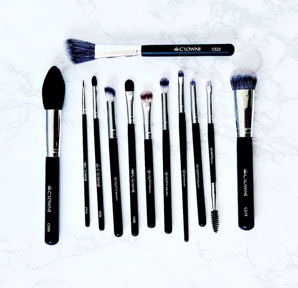 Crown Brush review -brushes