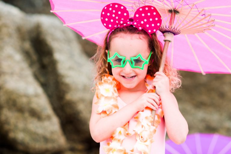 How To Choose Appropriate Clothes for Your Little Girl