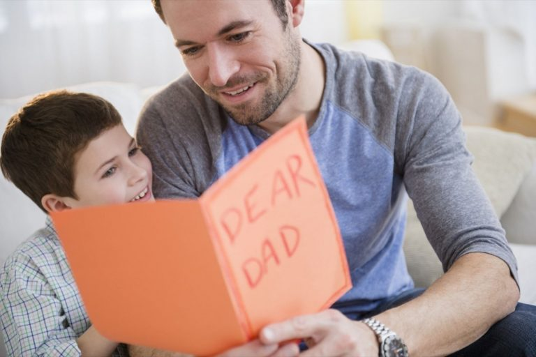 What To Say To Your Dad To Make Him Cry? 60 Best Messages for Dad
